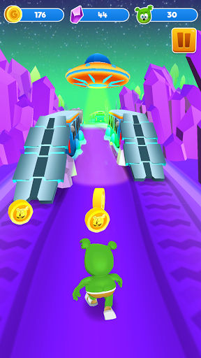 Gummy Bear Run screenshot 2
