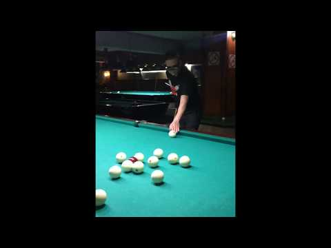 (Russian) Blind user of The vOICe playing billiards in Moscow